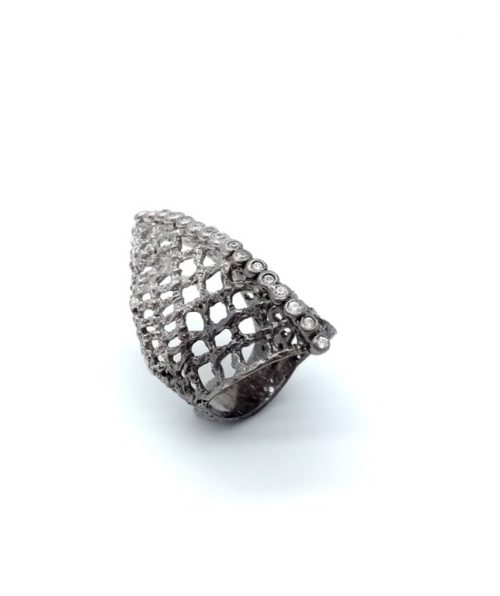 Ring sterling silver black and white rhodium plated with synthetic stones.